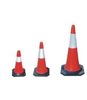 Cono de tráfico rojo y blanco - pilón